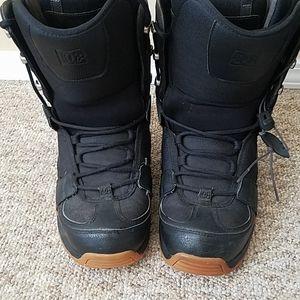 DC Mens Snow Boots